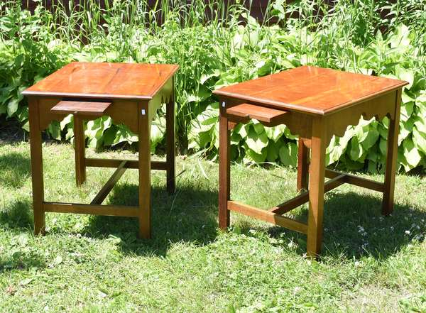 Pair of maple end tables (696-25)