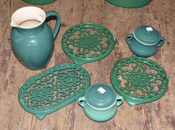 Selection of 5 Le Creuset pieces (105-90)