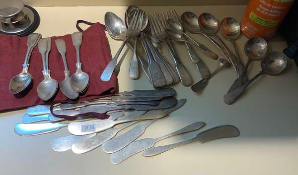 40 pieces of sterling flatware (157-61)