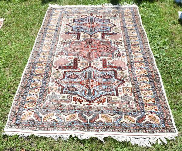 """Small size Oriental rug, light red & blue field, 4' x 6'4"""" (696-29)"""