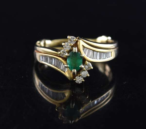Jewelry: 14k yellow gold .35 ct emerald & diamond ring with approx. .75 ctw sides, 8.2 grams