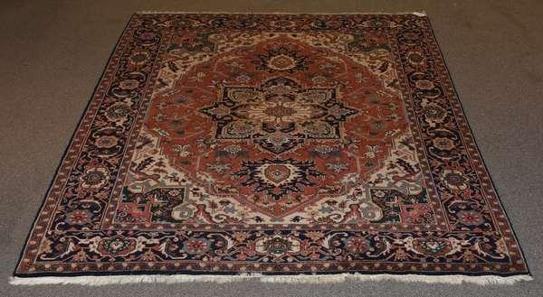 """Oriental Heriz style rug, 8"""" x 9' 9"""""""