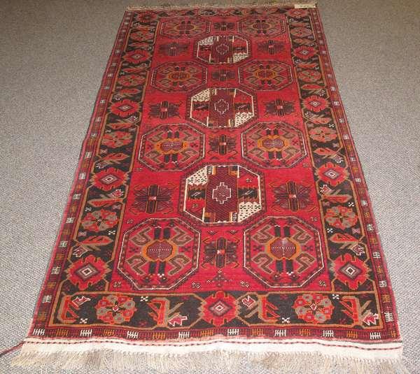 "Oriental scatter rug, 6'11"" x 3'8"""