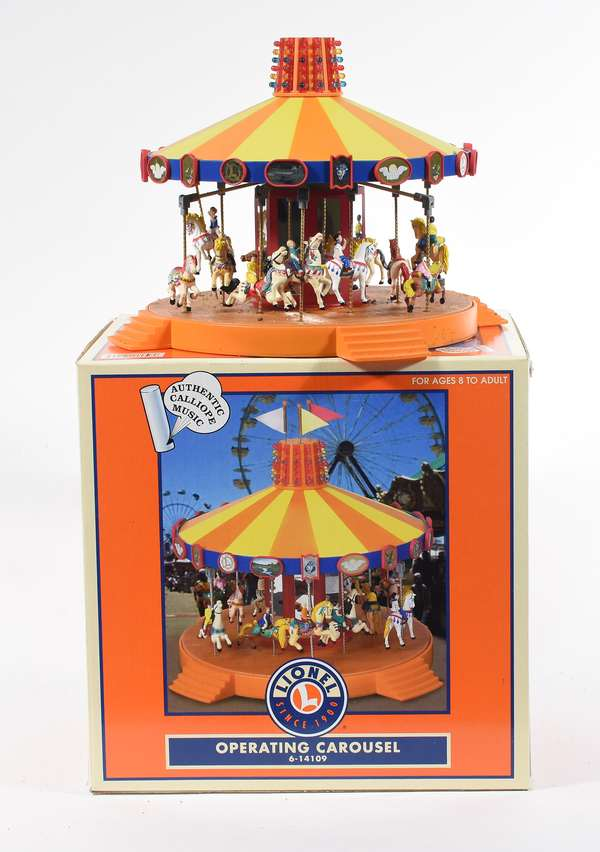 Lionel 14109 Operating Carousel, OB