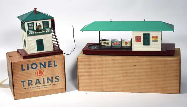 Lionel Accessories, 445 Switch Tower, 356 Freight Station, OBS