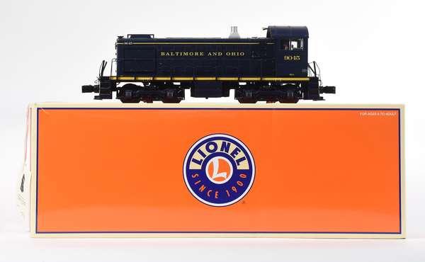 Lionel 28539 B & O Alco S2 Switcher '9045', CC, OB