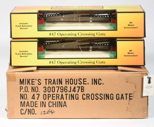 MTH 30-1080 RailKing #47 Operating Crossing Gates (2), OBS