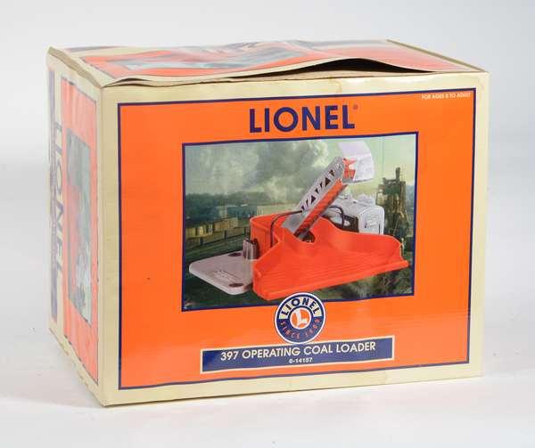 Lionel 14157 Operating Coal Loader, OB