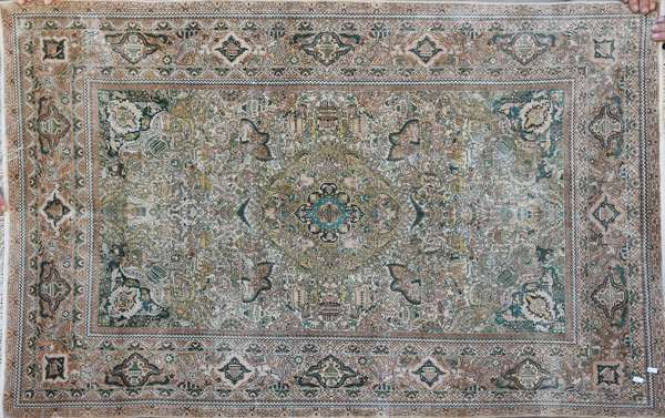 """Silk and cotton Oriental scatter rug, 3'6"""" x 5'"""