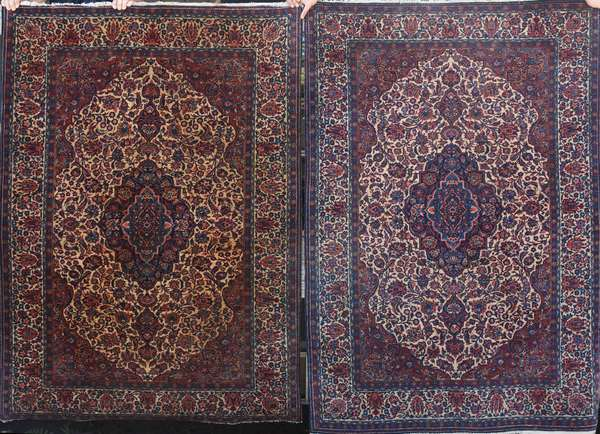 """Pair of Oriental Kashan scatter rugs with center medallion, 4'5"""" x 6'4"""" and 4'3"""" x 6'6"""""""