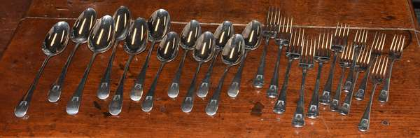 Ref U: English Georgian flatware set - service for six including table spoons, dessert spoons, small forks, large forks, approx. 37 T.oz