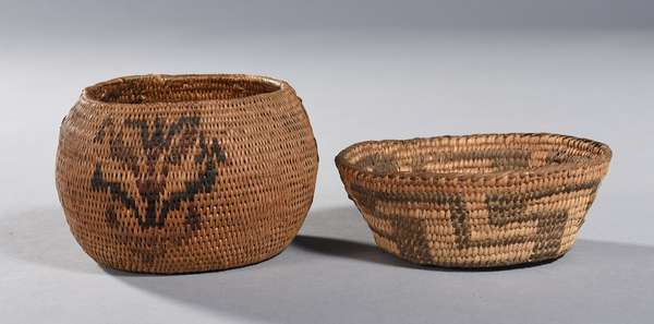 """Two small Southwestern woven baskets: one example with flower decoration, 4.5"""" Dia. x 3""""H.; other with geometric pattern, 4.5"""" Dia. x 1.5""""H"""