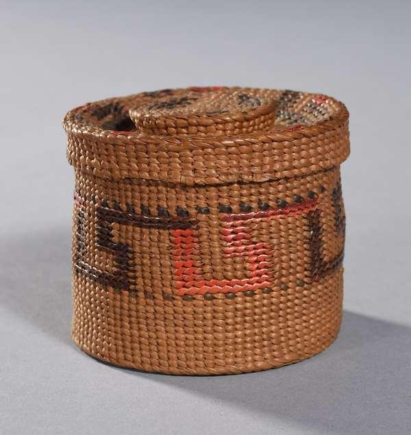 """Miniature Tlingit rattletop woven basket 2.75""""H. x 3""""Dia., excellent condition"""