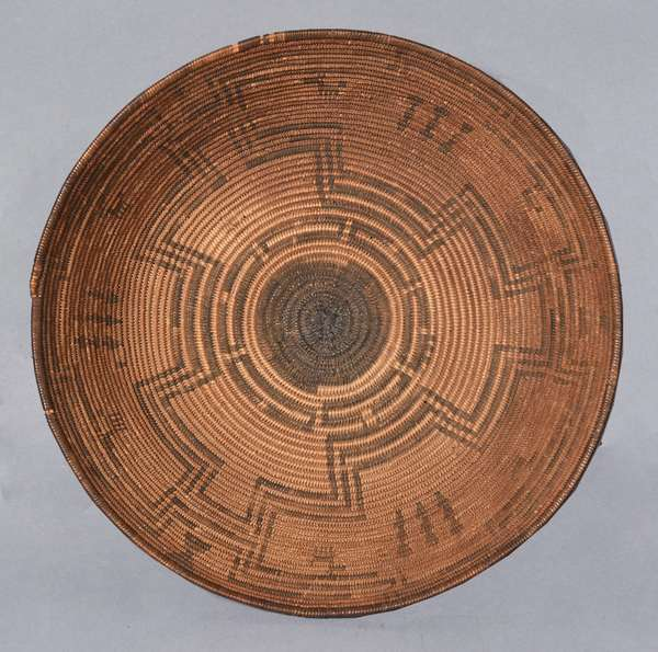 """Western Apache finely woven basketry bowl, with six horses, lightning, and arrow decoration, excellent condition, ca. 1900, 10.5""""Dia. x 3""""H."""