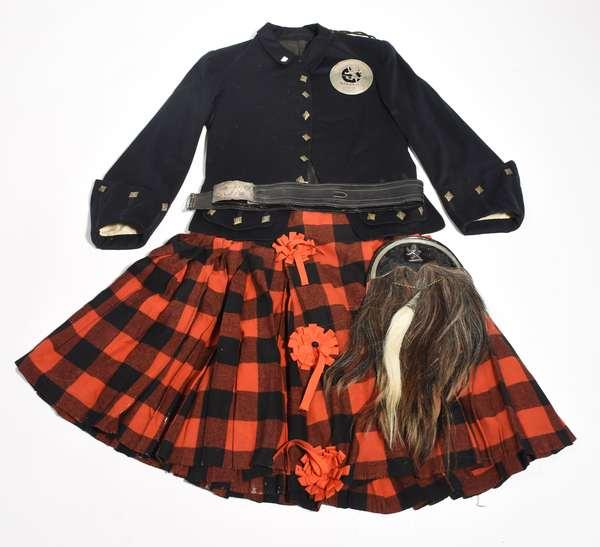 Scottish Highlander uniform with jacket, kilt, belt and sporran
