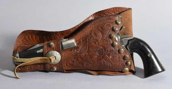 Colt 38 WCF, Bisley with holster & knife, #248434