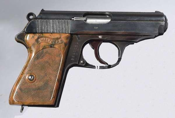 Walther model PPK, 7.65 mm, #1000632, (clip at desk), (T-73)