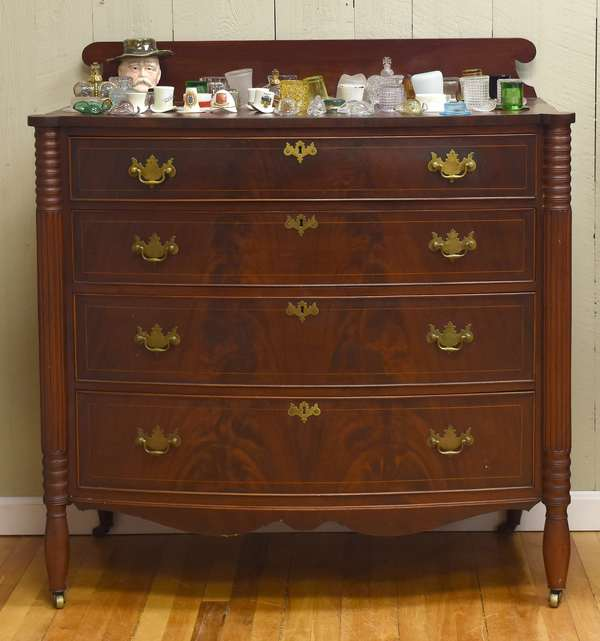 Cookie corner Sheraton four drawer bow front chest (34-10)