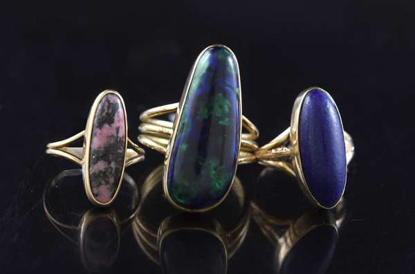 Three gold rings, stone set (320-35)