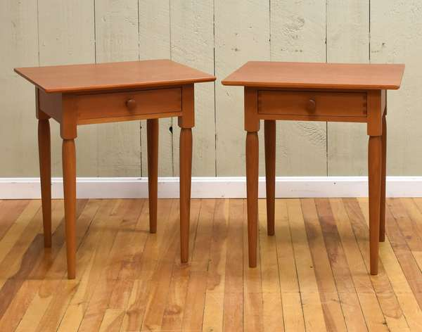 Pair of cherry Shaker style one drawer end tables (464-8)