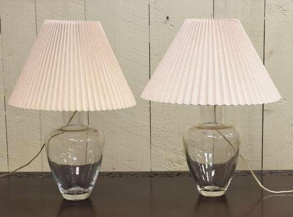 Pair of Simon Pearce table lamps (464-9)