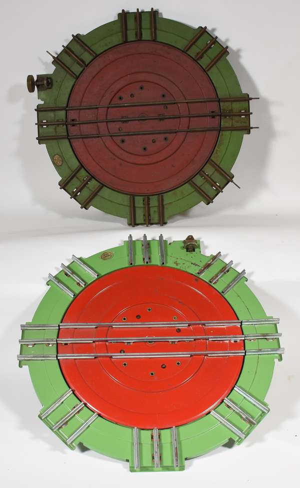 Lionel 200 Turntable (2).