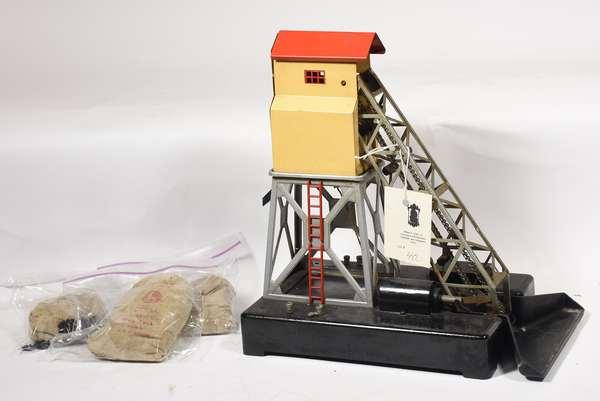 Lionel 97 Coal Elevator