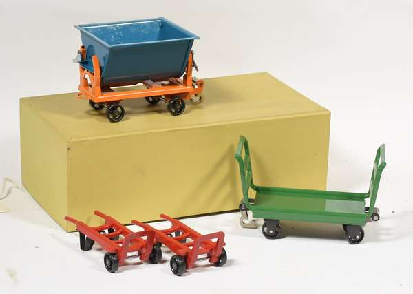 Lionel 163 Freight Accessory Set, 157 (2), 161, 162, OB