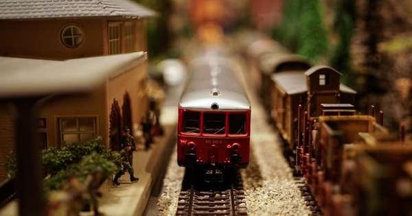 Exceptional Toy Train Estate Auction