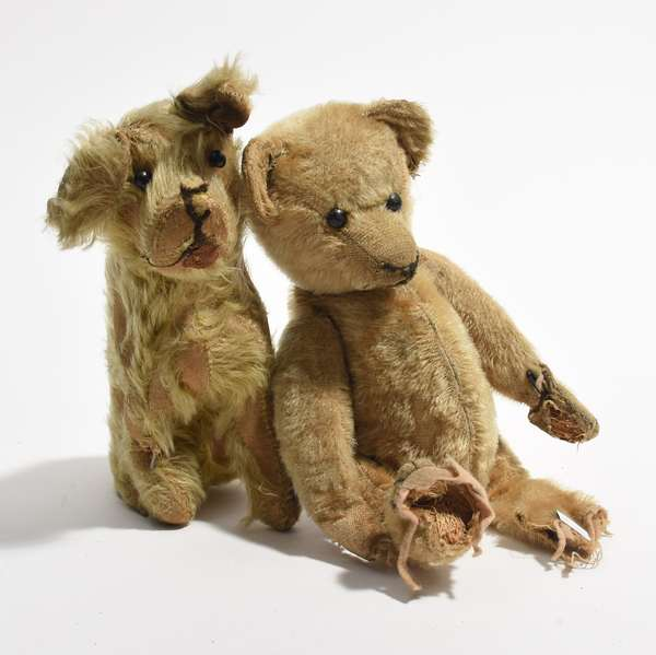 """Early 12"""" Steiff bear with boot button eyes along with a 10"""" dog (96-34)"""
