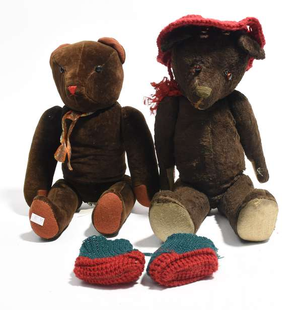 """Two chocolate brown teddy bears 17"""" and 15"""" (96-38)"""
