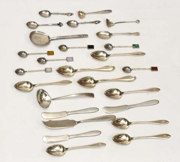 Assorted sterling silver flatware, 26 pieces, approx. 7 T.oz weigh-able  (600-1)