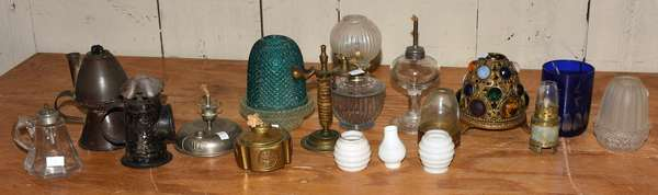 Group of ten miniature lamps and some lamp accessories (23-53)