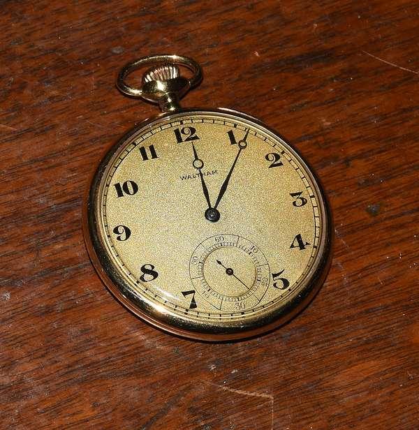 18k Waltham gold pocket watch (360-834)