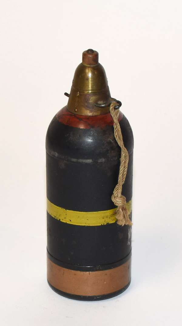 Japanese WWII type 82 mortar round, from a rare Japanese knee mortar (inert) (81-51)
