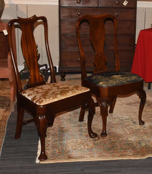 Two 18th C. Queen Anne mahogany side chairs with slip seats and carved knees, ca.1760-1780