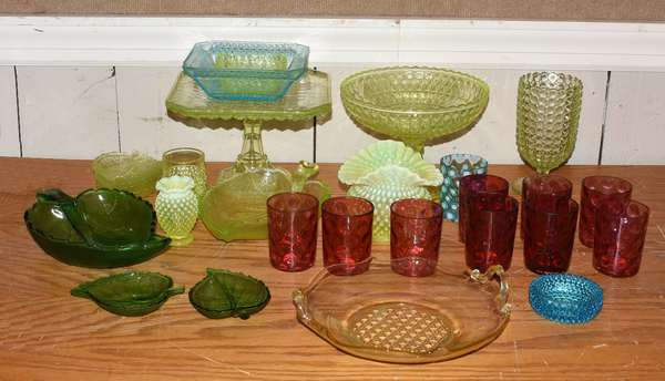 Lot of colored glass including tumblers, cake stand, leaf platters, etc., 28 pieces (5-406)