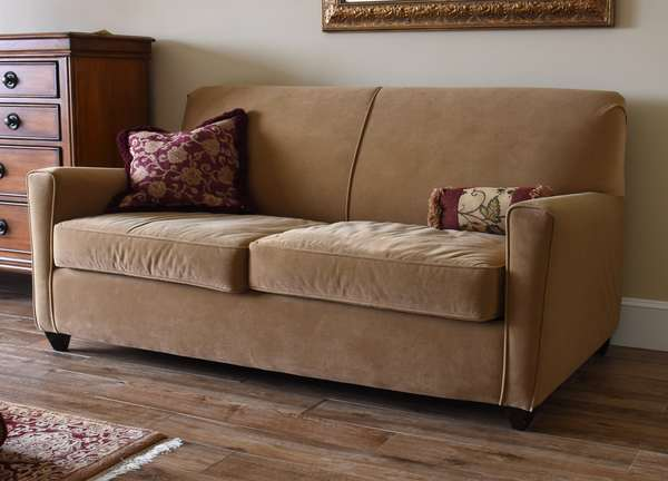 "Modern upholstered double sleeper sofa with Tempurpedic mattress, 69""L  (673-9)"