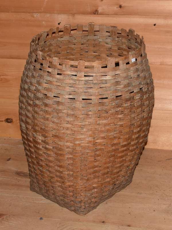 Large antique open splint laundry/storage basket, 25