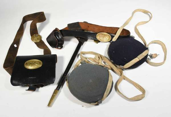 Assorted lot of Civil War related including; leather cartridge box with brass US oval insignia, bayonet belt and scabbard with lead backed brass US stamped buckle along with two canteens. -Condition: age unknown on cartridge box (see images) felt on canteens is torn, surface abrasions and scratching on all, some denting in brass