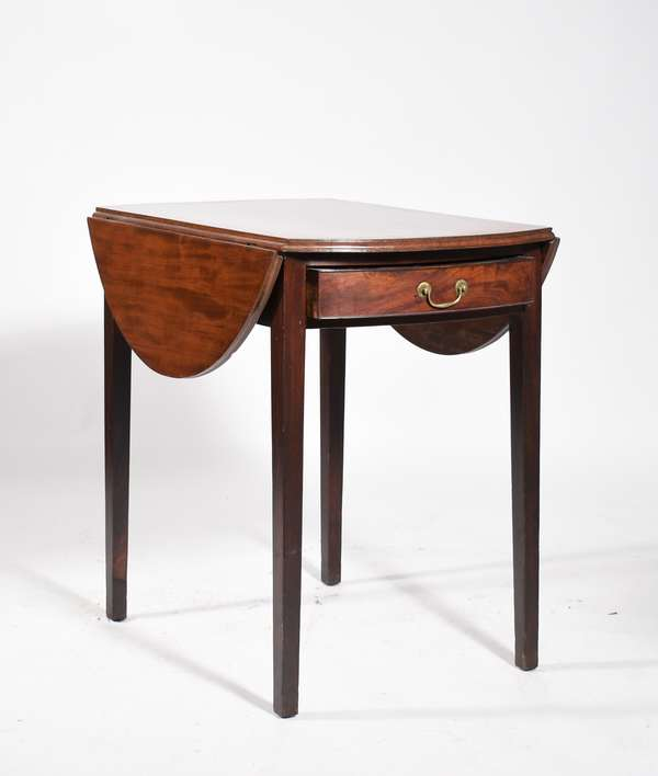 """Fine Hepplewhite mahogany Pembroke table, small size with bowed ends and leaves containing one dovetailed drawer with original oval brass pull and poplar secondary woods, top with thumb molded edge, old finish, ca 1800. 28.5"""" H x 30"""" L x 20""""D with leaves down. -Condition some light abrasions"""