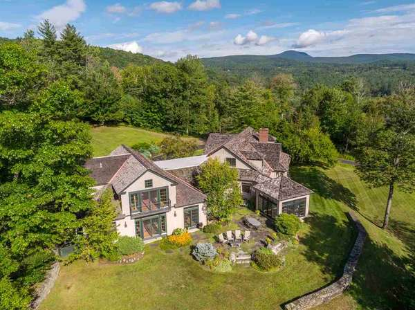 A Fantastic Lyme NH Home Combined With a Ridgefield CT Estate (Timed Auction)