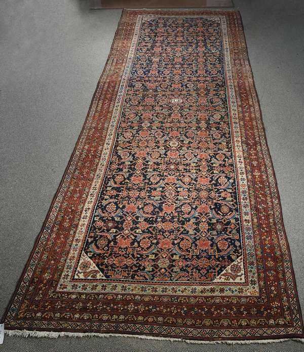 SIGNED ANTIQUE BIDJAR ORIENTAL ROOMSIZE RUG. 