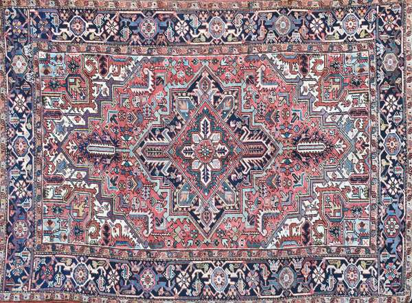 """ANTIQUE HERIZ ORIENTAL ROOMSIZE RUG. 6'6"""" x 9' Condition: good with some area wear."""